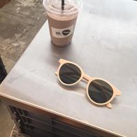 【予約】cream glasses