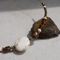 magnesite short necklace
