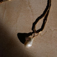 baroque pearl necklace -a-