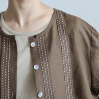 PIN TUCK COLLARLESS LINEN SHIRT
