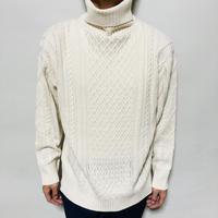 【在庫問い合わせ商品】ケーブル編みタートルニット