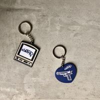 ciatre key charm set pistol(NVY)/ television(GRY)