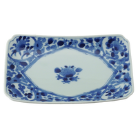間取花紋 RI焼物皿    く09-051-19 寸法:21.5×13.5×3.5cm 400g