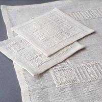 白糸刺繍「白いテーブルセンターとコースター」【刺繍キット】