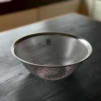 【人生が変わる料理道具掲載】柳宗理デザインのパンチングザル23cm