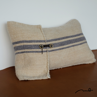 grain sack cushion S01
