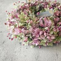 紫陽花とかすみ草のプリザーブドリース