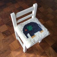 ノッティング織り椅子敷きのキット(糸のセット)象さん柄