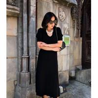 女王のオータムロマンスニットドレス【高級感溢れる生地とラインのブティックライン】