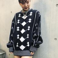 Vintage Pattern Knit (Black/White)