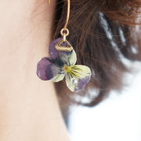 flower pierce 02