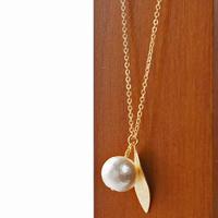 ダイヤモンドダスト leaf necklace