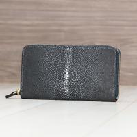 ブラック《長財布:ルーナ》