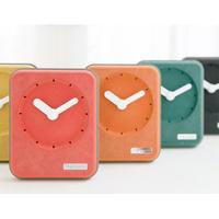 フレームデザインがかわいい アクセサリー ミニギフト 木製 オフィス 置時計用ギフト