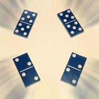 ディジードミノ<ドミノの瞬間移動>【A1001】Dizzy Dominoes