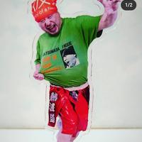 【アクリルフィギュア&Tシャツ(緑)セット】井上勝正アクリルフィギュアとそのフィギュアが着用の本当のTシャツのお得なセット