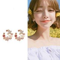 花柄 フラワーパターン 可愛い トレンド ピアス 韓国ファッション 2色