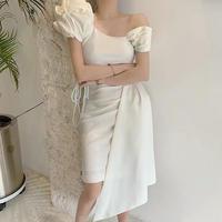アシンメトリーパフスリーブ清楚なミニ丈ホワイトドレス