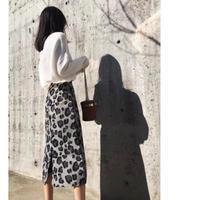 ストレート ミモレ丈 ヒョウガラ 人気 タイトスカート
