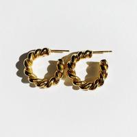 twist pierce gold