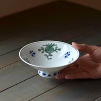 平碗 緑彩花紋