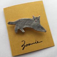 グレーの猫ちゃんブローチ ー Brooch  ー