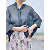 ZURI SELECT・Sheer Over Blouse