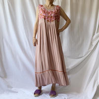 Manic Monday・Embroidery Sleeveless Dress(9S63010E)