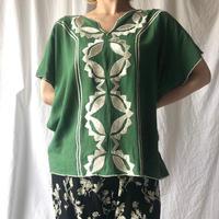 DAZZLE・Center Embroidery Top(9S32002E)