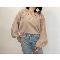 MANIC MONDAY・Cutwork Baloon Sleeve Top(0W62011E)