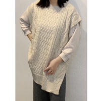 ZURI・Round Knit Best(0W42022H)