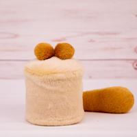 ペット用骨壺カバー / サイズ:3寸 / ベース:クリーム / ボンボン:ブラウン・ブラウン / しっぽ:ブラウン(S007)