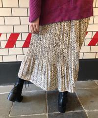 ダルメシアンプリーツスカート
