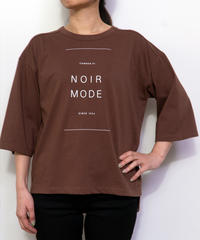 65410128 _ MODEバック5分袖ロゴTシャツ