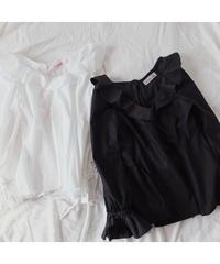 PEPLUM FRILL BLOUSE /White/Black