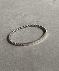 brace-a02005 SV925 Twist Plate Bangle