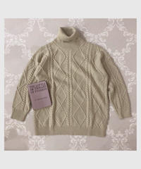 cable turtle knit one-piece -beige-