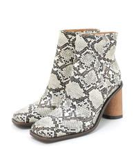 semi circle heel short boots (A19-07016K)