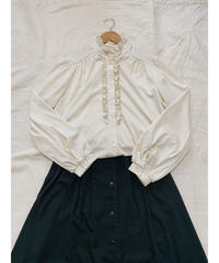 used us frill blouse
