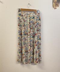 お散歩でお花を見つけるスカート1329