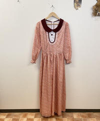 桃のタルトを作るドレス風ワンピース4143