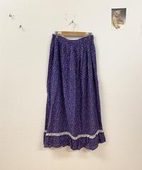 雨降りな日の小花柄スカート3666