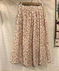 弾けるビーズのスカート324