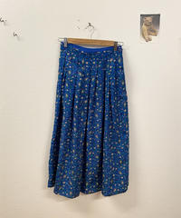 水遊びをする日の花柄スカート3379