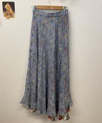 意見が分かれる花柄リバーシブルスカート600
