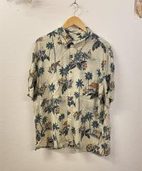 南国でゆっくり過ごすシャツ1248