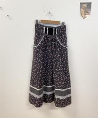 GUNNIESの小花柄スカート3561