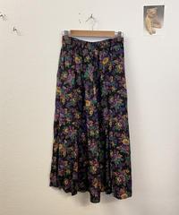 水彩画が得意なスカート3182