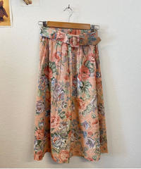 春風の花柄スカート132
