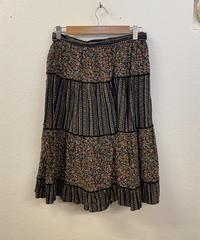 アートが好きなスカート1448